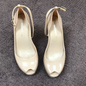 Beige plastic platform shoes like new. Size 7